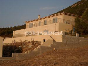 Villa neuve avec vue mer et campagne, d'une surface habitable de 320 m2 à Lozari balagne corse (4)