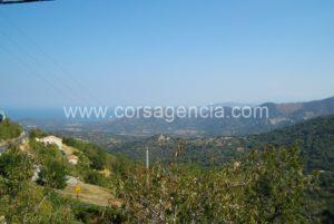 Petite maison à la vente à Speloncato, balagne , en Corse.